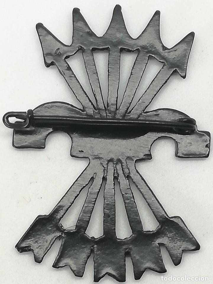 Militaria: RÉPLICA Insignia División Legionaria Flechas Negras. Italia. Guerra Civil Española. 1936-1939. CTV - Foto 2 - 201825893