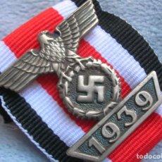 Militaria: PASADOR ALEMAN PARA BOTÓN DE LA CRUZ DE HIERRO DE 2ª CLASE. AGUILA NAZI. 1939. EXCELENTE REPLICA.. Lote 202635061