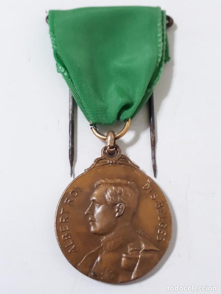 MEDALLA DEL REY ALBERTO DE BÉLGICA (Militar - Medallas Extranjeras Originales)