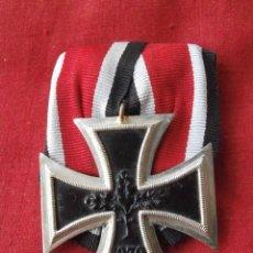 Militaria: MEDALLA CONDECORACIÓN ALEMANA CRUZ DE HIERRO DE II SEGUNDA CLASE 1939 VERSIÓN 1957 CON PASADOR. Lote 203177523