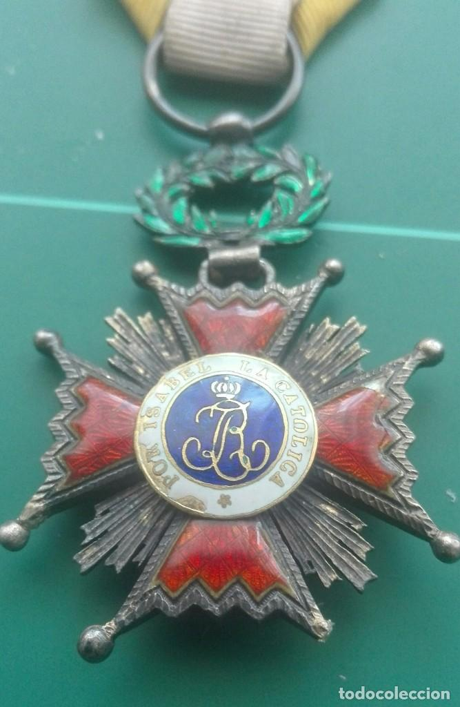 CRUZ ORDEN DE ISABEL LA CATÓLICA (Militar - Medallas Españolas Originales )