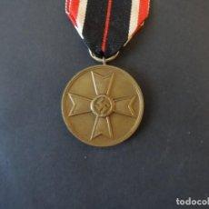Militaria: MEDALLA CRUZ AL MERITO DE GUERRA. III REICH. MARCAJE 7. AÑO 1939-1945. Lote 204074943