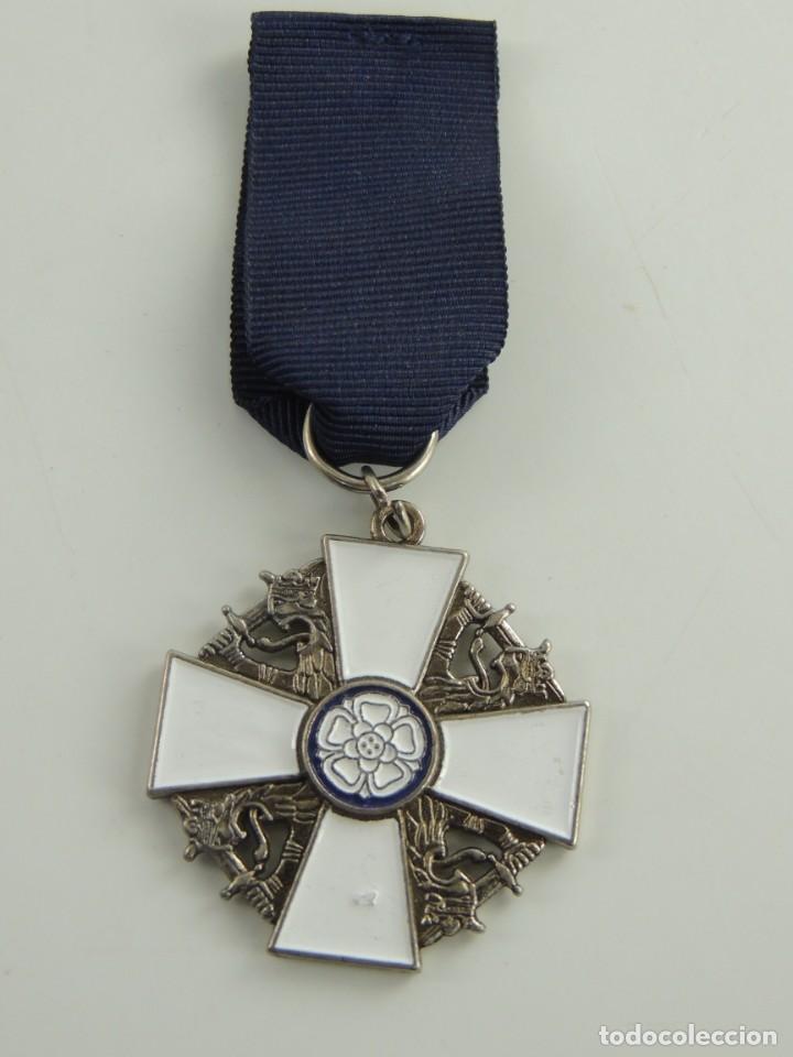 FINLANDIA - ORDEN DE LA ROSA BLANCA (Militar - Reproducciones y Réplicas de Medallas )