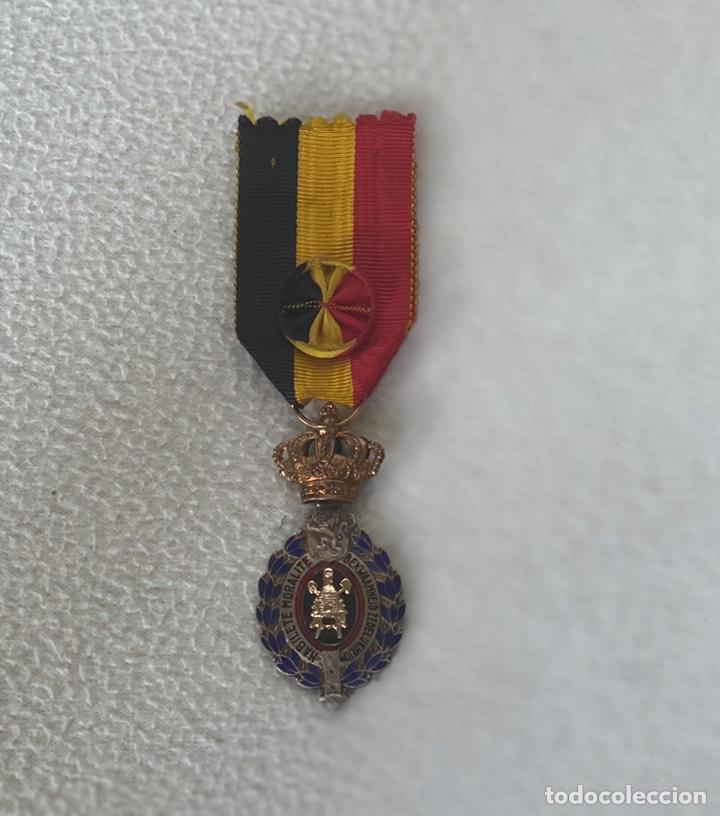MEDALLA BELGA DEL MÉRITO AL TRABAJO (Militar - Medallas Extranjeras Originales)