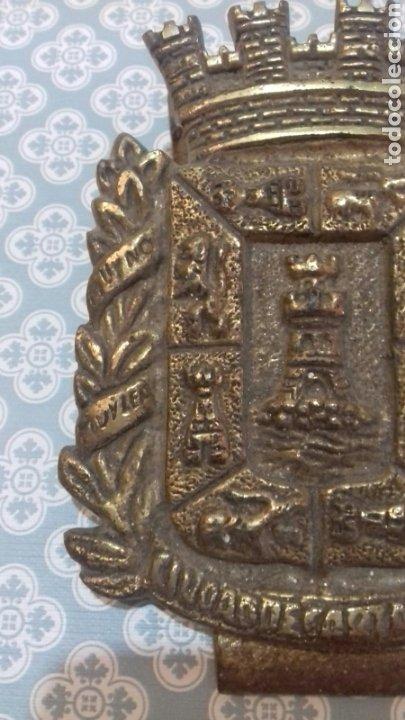 Militaria: Impresionante escudo ciudad de cartagena de bronce con pinza pesa bastante sigloxix - Foto 4 - 205249773