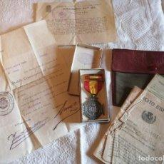 Militaria: MEDALLA,CONCESIÓN Y CARTILLA MILITAR DE VOLUNTARIO NAVARRO. ALZAMIENTO NAVARRA. UCAR.. Lote 205375038