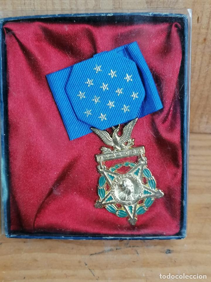 REPLICA DE MEDALLA MILITAR EN CAJA (Militar - Reproducciones y Réplicas de Medallas )