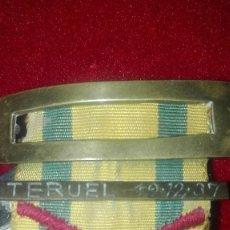 Militaria: MEDALLA SUFRIMIENTO POR LA PATRIA CON PASADOR DE ACCION. TERUEL 19-12-1937. GUERRA CIVIL.. Lote 205757713