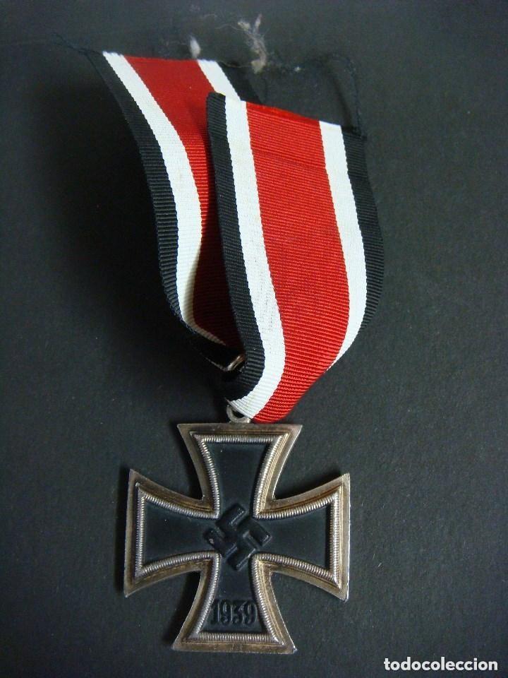 MEDALLA DE LA CRUZ DE HIERRO 1813-1939 CON SU CORDON (Militar - Medallas Españolas Originales )