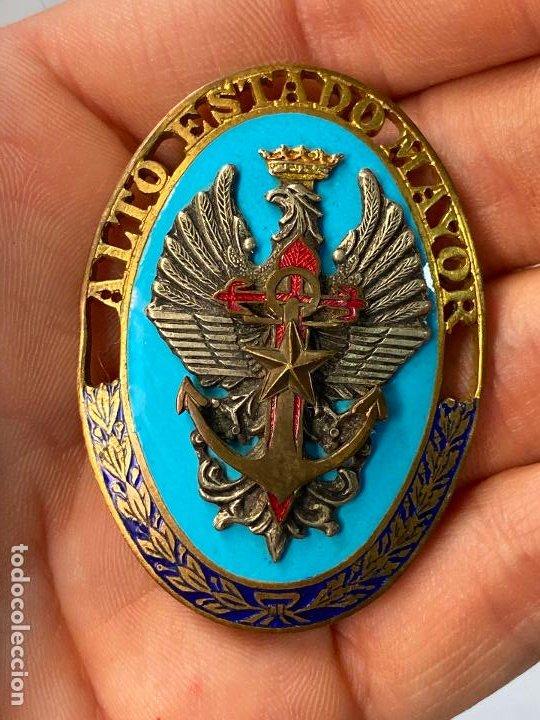 MEDALLA DISTINTIVO TROQUELADO EN PLATA DEL ALTO ESTADO MAYOR. ÉPOCA DE FRANCO - BELLA FACTURA (Militar - Medallas Españolas Originales )