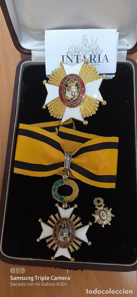 ORDEN DE SANIDAD AL MÉRITO ESPAÑOLA (Militar - Medallas Españolas Originales )