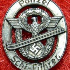 Militaria: POLIZEI – SCHI-FÜHRER. VERSION PLATA. MEDIDAS: 50 X 40 MM. POLICIA. Lote 208068353
