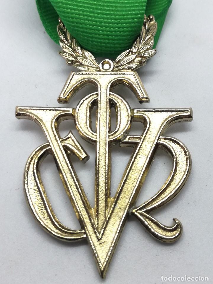 RÉPLICA MEDALLA VÍCTOR DEL SEU. EXTRAORDINARIA DE ORO. 1952-1973. ESPAÑA. GENERAL FRANCO. AL MÉRITO (Militar - Reproducciones y Réplicas de Medallas )