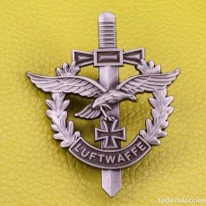 Militaria: INSIGNIA DE LUFTWAFFE NAZI, PIN ESMALTAFO ALTA CALIDAD. Lote 209073521