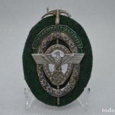 Militaria: WWII GERMAN BADGE GENDARMERIE ALPINISTEN. Lote 294111983