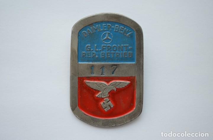 Militaria: WWII German badge Daimler-Benz G.L. Front-Rep. Betrieb Luftwaffe - Foto 1 - 228069710