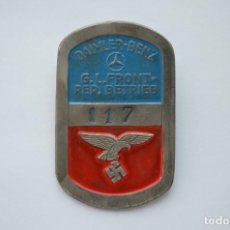 Militaria: WWII GERMAN BADGE DAIMLER-BENZ G.L. FRONT-REP. BETRIEB LUFTWAFFE. Lote 209805593