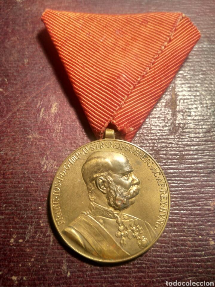 MEDALLA AUSTRO HÚNGARA SIGLO XIX (Militar - Medallas Internacionales Originales)