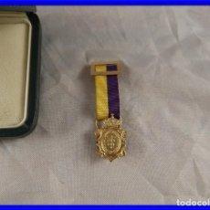 Militaria: MEDALLA DE ORO 18 KT O INSIGNIA DE CADUCEO MEDICINA COMERCIO. Lote 212194755