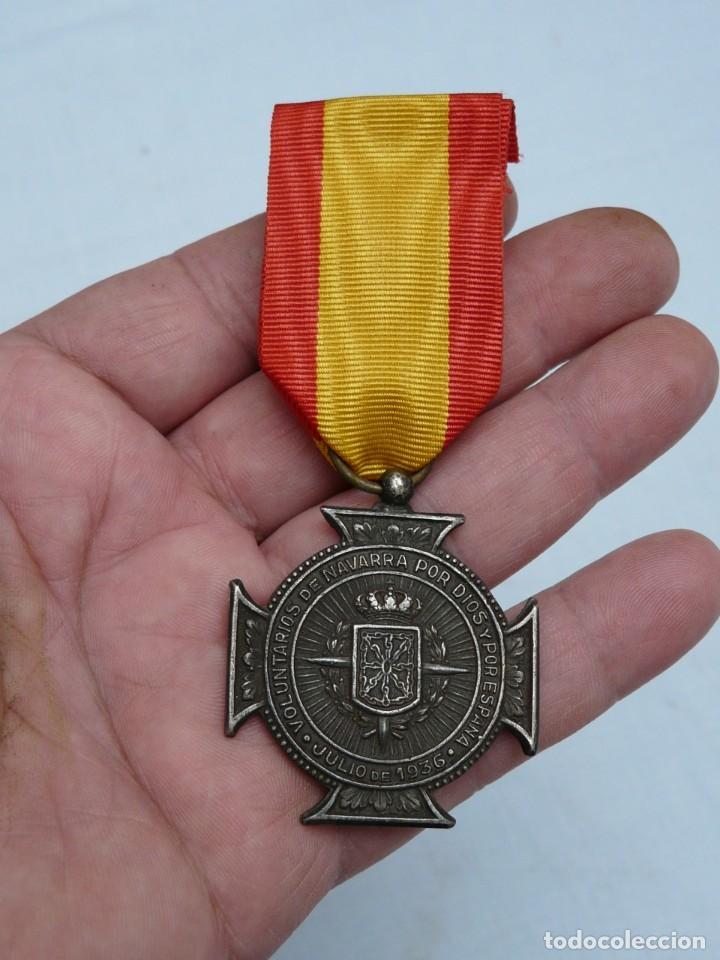 Militaria: MEDALLA VOLUNTARIOS DE NAVARRA JULIO 1936. - Foto 2 - 215763031