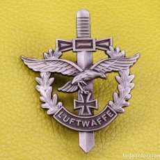 Militaria: INSIGNIA DE LUFTWAFFE NAZI, PIN ESMALTAFO , METAL ALTA CALIDAD. Lote 215850580
