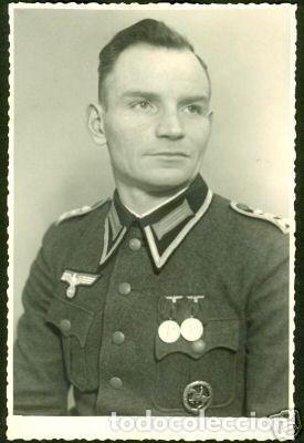 Militaria: Medalla alemana Distintivo insignia caballería II segunda guerra mundial ejercito alemán con diploma - Foto 21 - 215881277