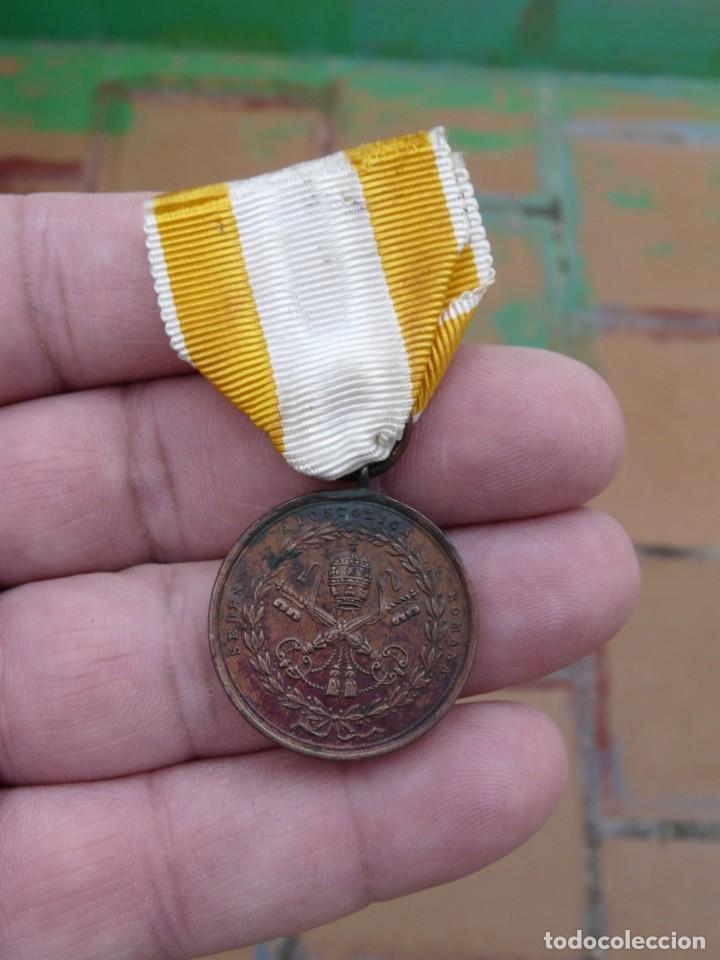 Militaria: MEDALLA RESTAURACION SOLIO PONTIFICIO 1850 - BRONCE - TAMAÑO PRINCESA - Foto 2 - 216386731