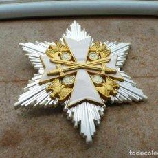 Militaria: ESTRELLA DE LA GRAN CRUZ ORDEN DEL ÁGUILA ALEMANA - CON ESPADAS (PLATA). Lote 268463124