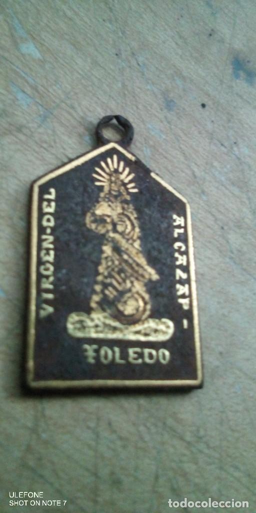 MEDALLA DAMASQUINADO DE LA VIRGEN DEL ALCAZAR Y VIRGEN DEL SAGRARIO TOLEDO (Militar - Medallas Españolas Originales )