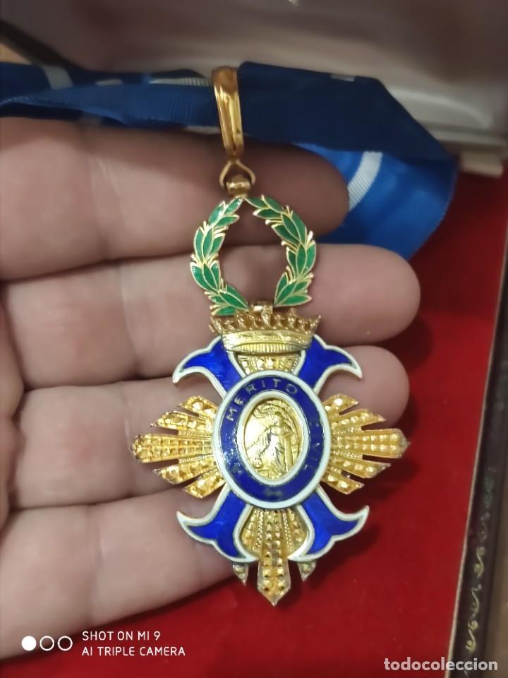 Militaria: ENCOMIENDA AL MÉRITO CIVIL EN PLATA DORADA, ÉPOCA FRANCO. PERFECTO ESTADO. ORIGINAL. - Foto 10 - 217909923