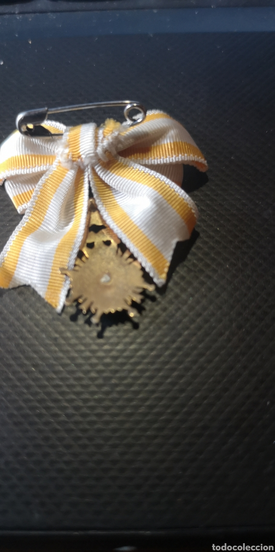 Militaria: Miniatura con lazo de la Orden de Isabel la Católica plata dorada - Foto 2 - 218690756