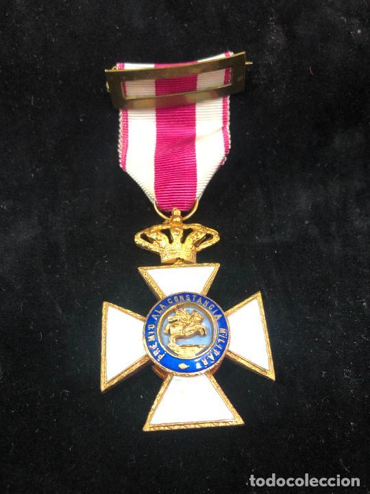 MEDALLA PREMIO A LA CONSTANCIA MILITAR FERNANDO VII (Militar - Medallas Españolas Originales )