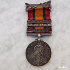 Militaria: MEDALLA INGLESA DE LA CAMPAÑA DE SUDÁFRICA CON 3 PASADORES ROYAL IRISH REGIMENT. Lote 219264875