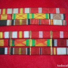 Militaria: DOS PASADORES DE DIARIO. MEDALLAS DE LA GUERRA CIVIL. DIVISION AZUL. JERARCA DE FALANGE.. Lote 219583502