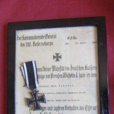 Militaria: MEDALLA ALEMANA CRUZ DE HIERRO DE II CLASE CON SU DIPLOMA FECHADO EN EL AÑO 1917 I GUERRA MUNDIAL. Lote 221286625