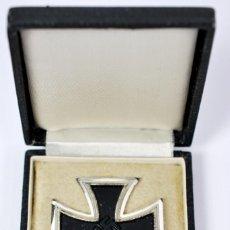 Militaria: ESTUCHE CON CRUZ DE HIERRO 1939 DE 1ª CLASE, CÓDIGO «4», RARA. WEHRMACHT. Lote 222085250