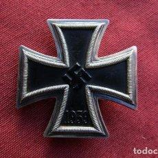 Militaria: MEDALLA ALEMANA II SEGUNDA GUERRA MUNDIAL CRUZ DE HIERRO DE I PRIMERA CLASE III TERCER REICH ALEMÁN. Lote 222157026