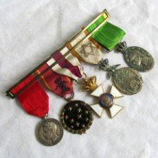 Militaria: PASADOR CON 5 MEDALLAS: MARRUECOS, ALFONSO XIII (1902), VIEJA GUARDIA DE FALANGE 1934. Lote 222214525