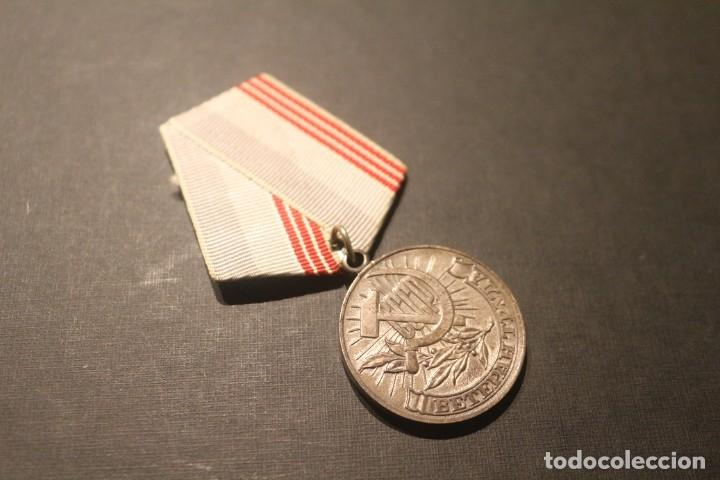 MEDALLA AL VETERANO DEL TRABAJO URSS - UNIÓN SOVIETICA (Militar - Medallas Extranjeras Originales)