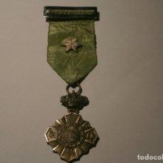 Militaria: MEDALLA ESPAÑOLA AL MÉRITO. COLOR PLATEADO. MUY BUENA CONSERVACIÓN.. Lote 222293410