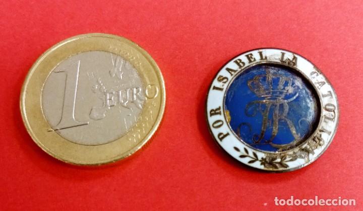 BOTÓN MEDALLA MILITAR ANTIGUA ISABEL LA CATÓLICA (Militar - Medallas Españolas Originales )