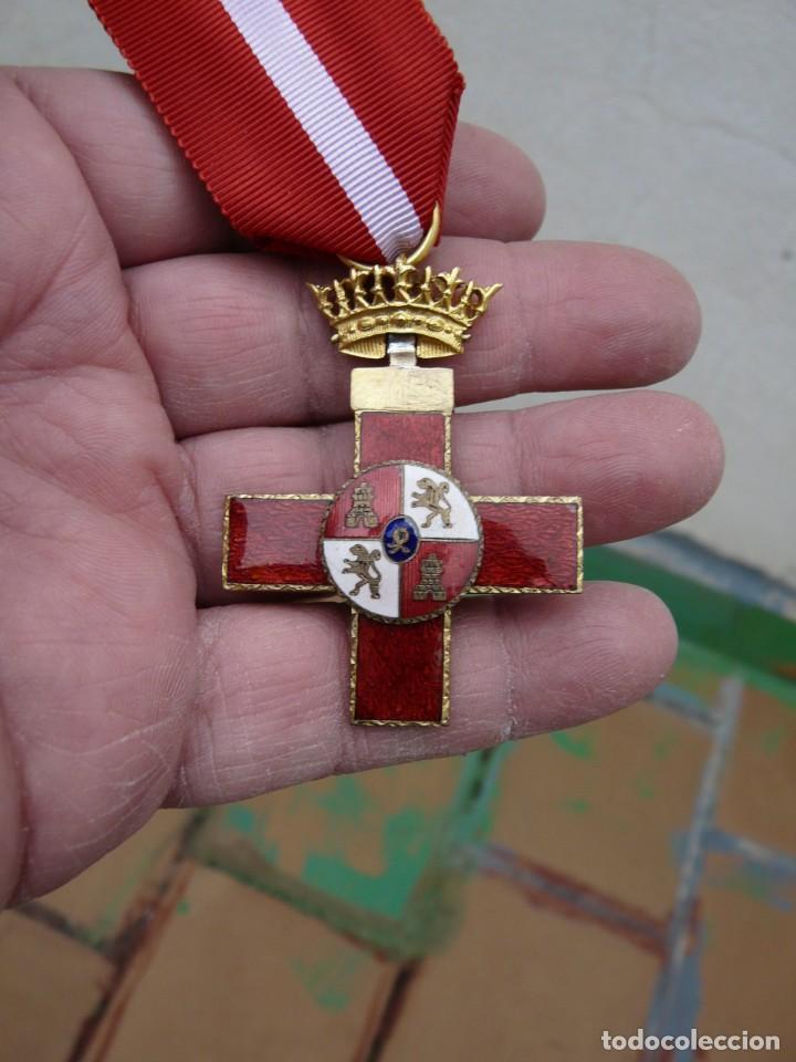 MEDALLA CRUZ MERITO MILITAR DISTINTIVO ROJO EPOCA FRANCO (Militar - Medallas Españolas Originales )