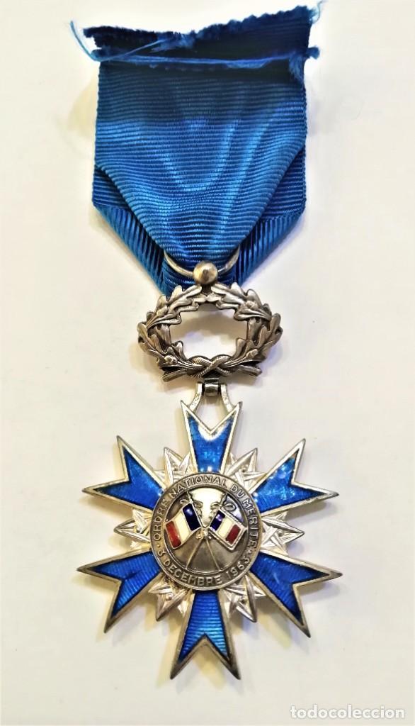 Militaria: Francia-Orden Nacional de Merito-Cruz de Caballero en plata y esmaltes, con su cinta original - Foto 3 - 224735790