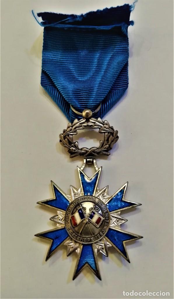 Militaria: Francia-Orden Nacional de Merito-Cruz de Caballero en plata y esmaltes, con su cinta original - Foto 5 - 224735790