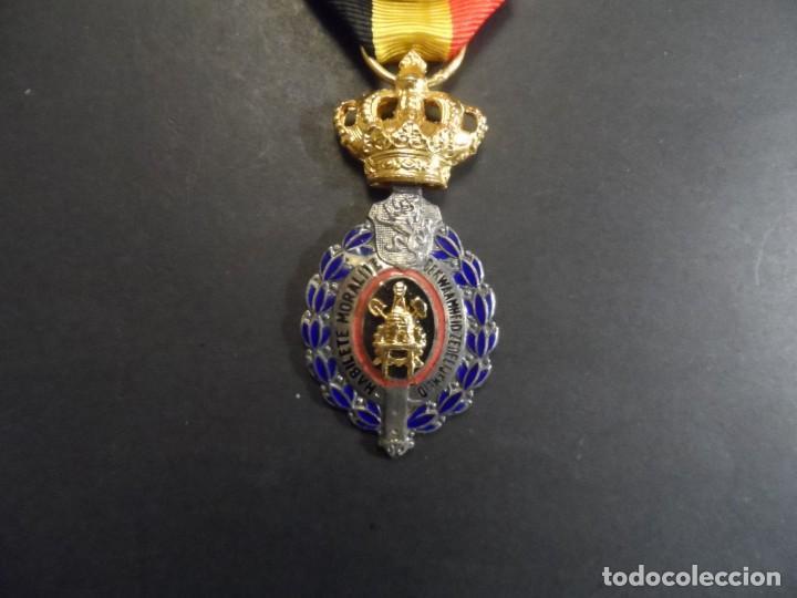 MEDALLA HABILETE ETE MORALITE. REINO DE BELGICA. 30 AÑOS DE TRABAJO. BILINGUE. SIGLO XX (Militar - Medallas Internacionales Originales)