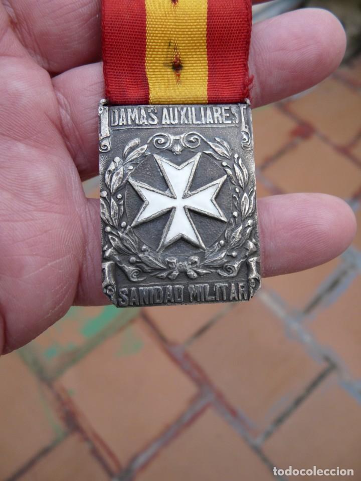 Militaria: MEDALLA DAMAS AUXILIARES SANIDAD MILITAR - PRENDEDOR FRANCO - Foto 6 - 224809151