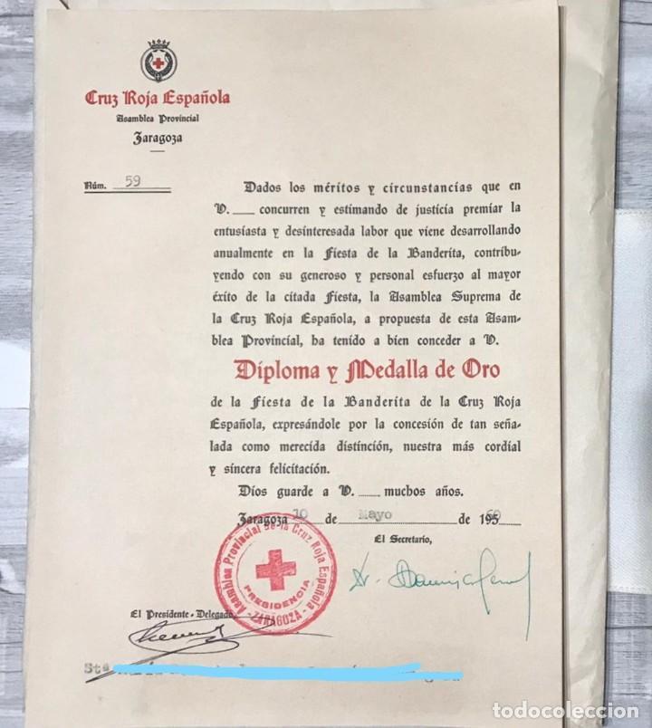 Militaria: LOTE DE LA CRUZ ROJA - AÑOS 50 ORIGINAL - CONDECORACIONES - CARNET - BRAZALETE - Foto 10 - 220529308