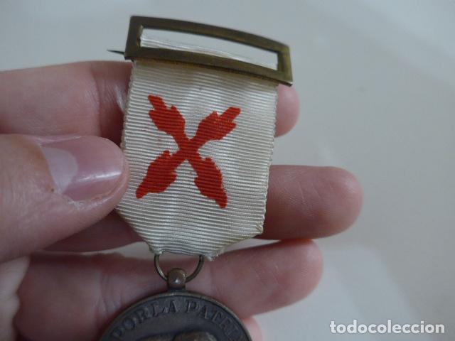 Militaria: Antigua medalla carlista de requete de la cruzada, guerra civil, original. - Foto 5 - 231394335