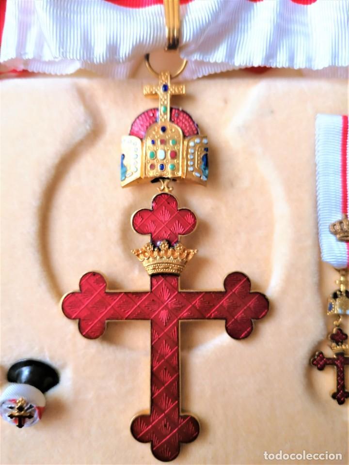 ESTUCHE GRAN CRUZ CONDECORACION ORDEN RELIGIOSA-MILITAR,VENERA,OJAL Y MEDALLA.ESMALTE Y CORONA REAL (Militar - Medallas Internacionales Originales)