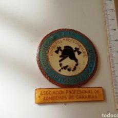 Militaria: PLACA ASOCIACION PROFESIONAL DE BOMBEROS DE CANARIAS. Lote 234663610